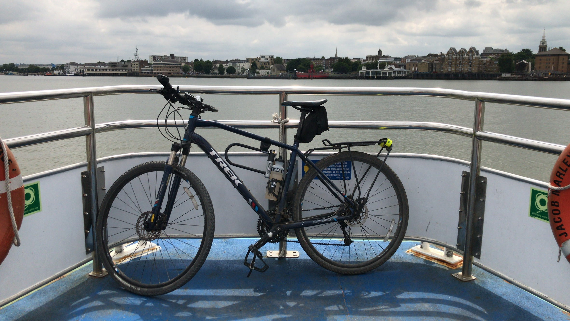 The Oyster Wheel - circumnavigating London on a hybrid bike